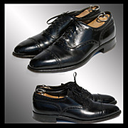 Vintage 1960s Florsheim Imperial Oxford Shoes // Quarter Brogue Black Hand Finished Men's Size 9