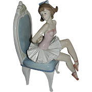Vintage Lladro Ballerina Seated Dressing for the Ballet 5865 with Original Box