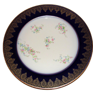 Porcelain William Guerin & Co. Limoges France Gold Trimmed Charger Plate 11 Inch