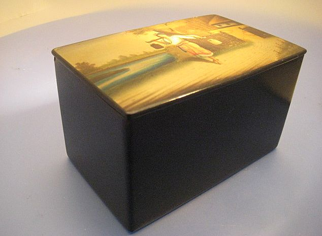 Tea Caddy in Papier Mache; Russian - Victorian