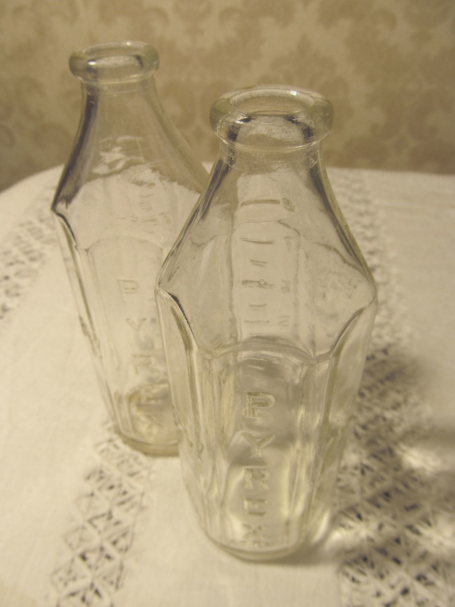 2 Six Sided Pyrex 8oz Baby Bottles