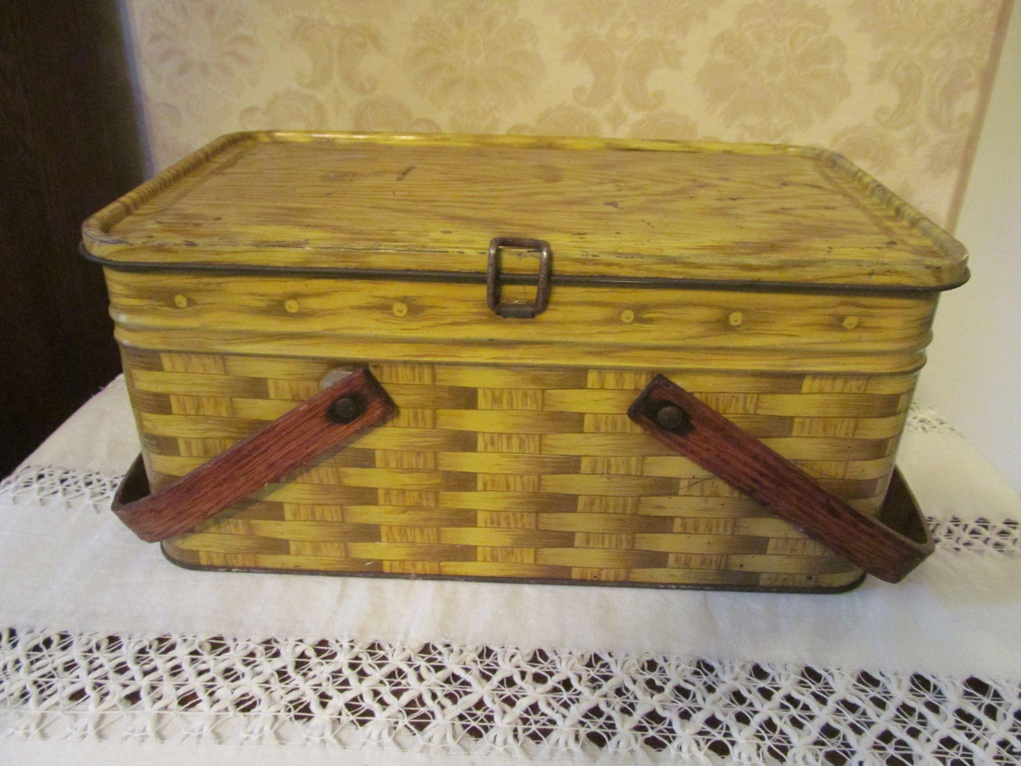 Metal Tin Basketweave Picnic Basket, Wood Handles