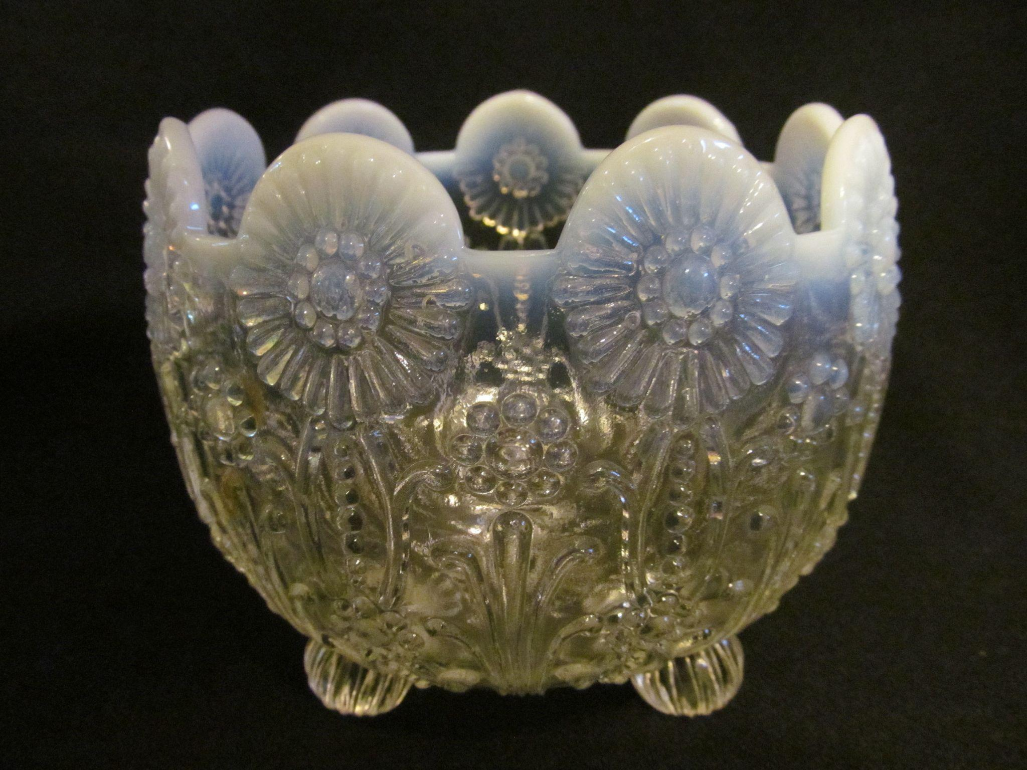 Northwood Pearl Flowers French White Opalescent Bowl