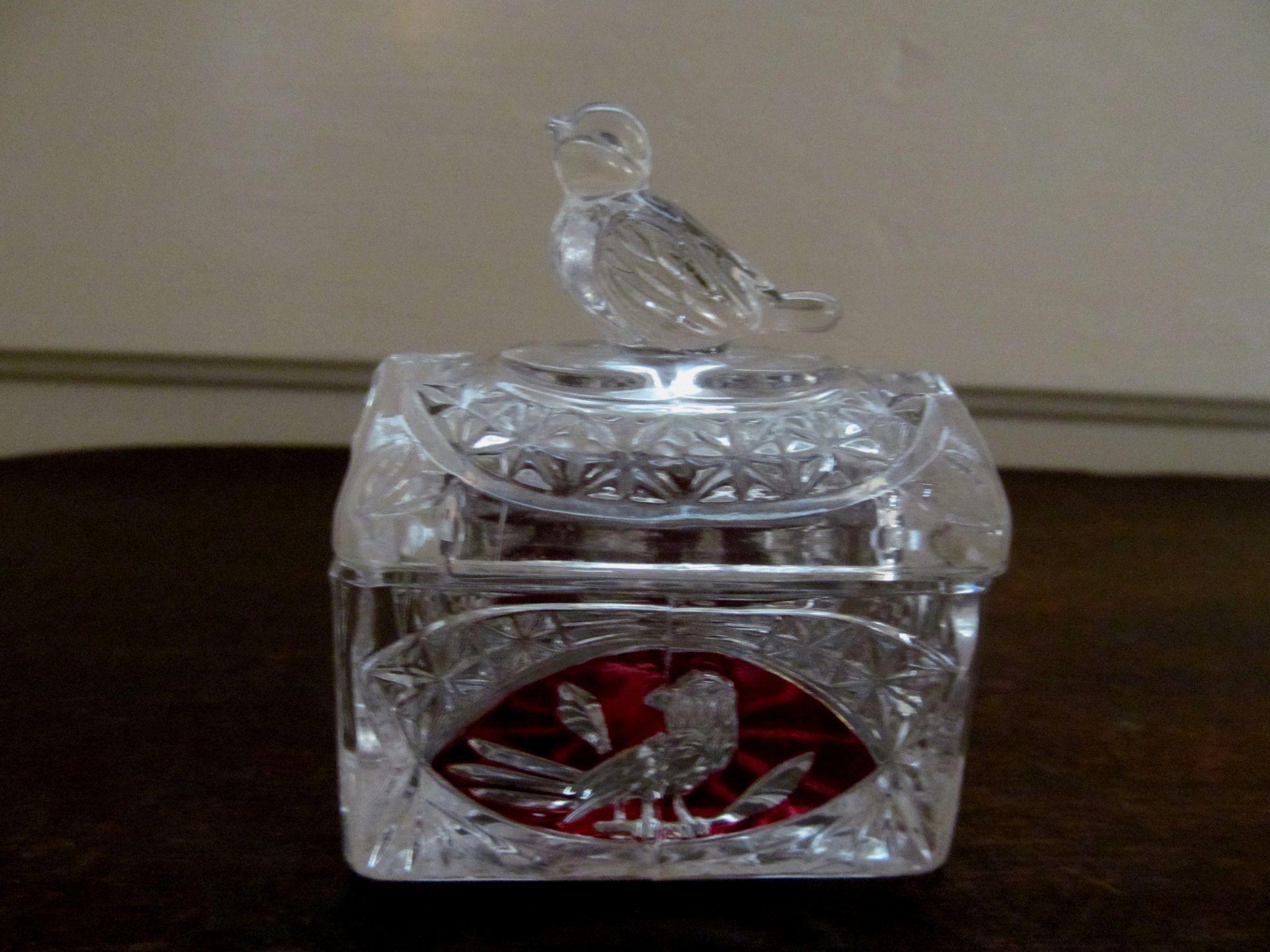 Holbauer Byrdes Byrds Ruby Flashed Ring Trinket Box