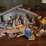 Goebel Hummel 15pc Figurine Christmas Nativity Set with Manger