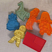 6 Fun Coolie Cutters, Hallmark, Tupperware and Stanley