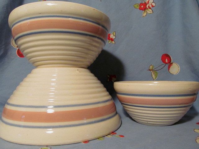 3 Watt Pottery Blue Pink Banded, Ringed Nesting Mixing Bowls