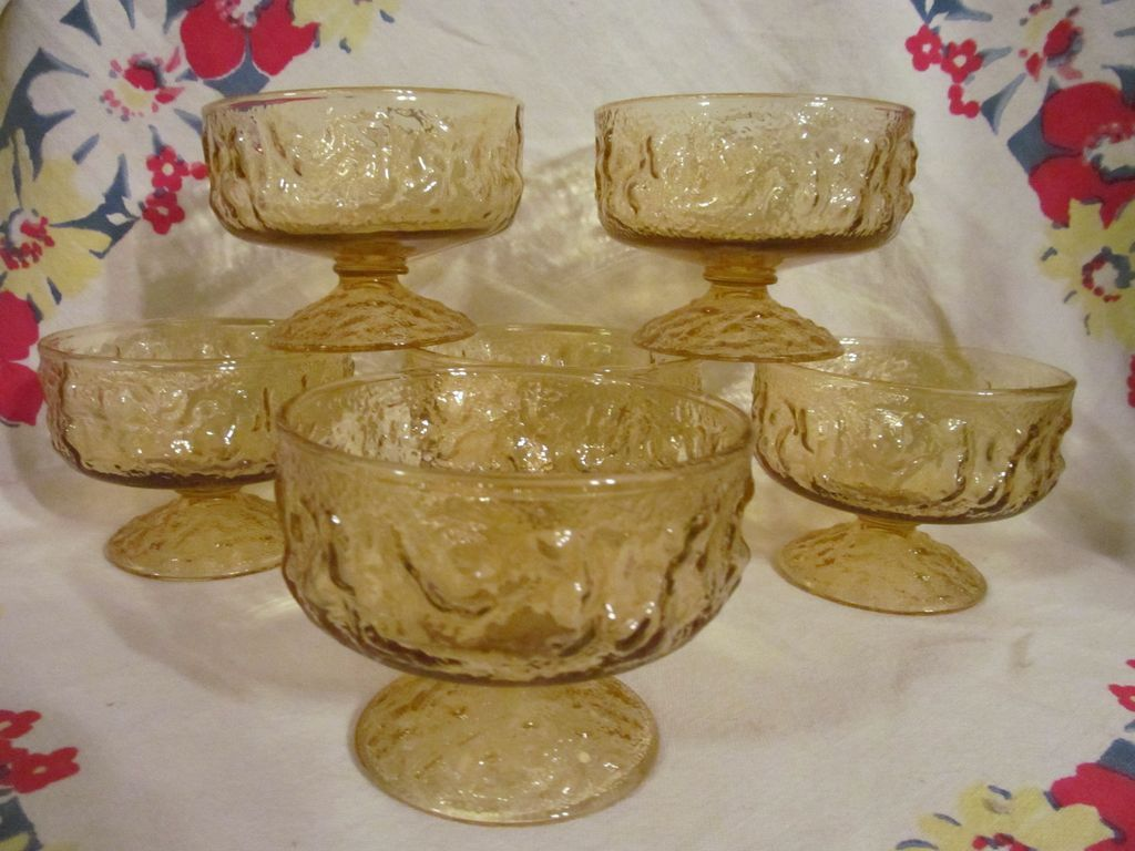 6 Hocking Crinkle Milano Honey Gold Champagne/Sherbets