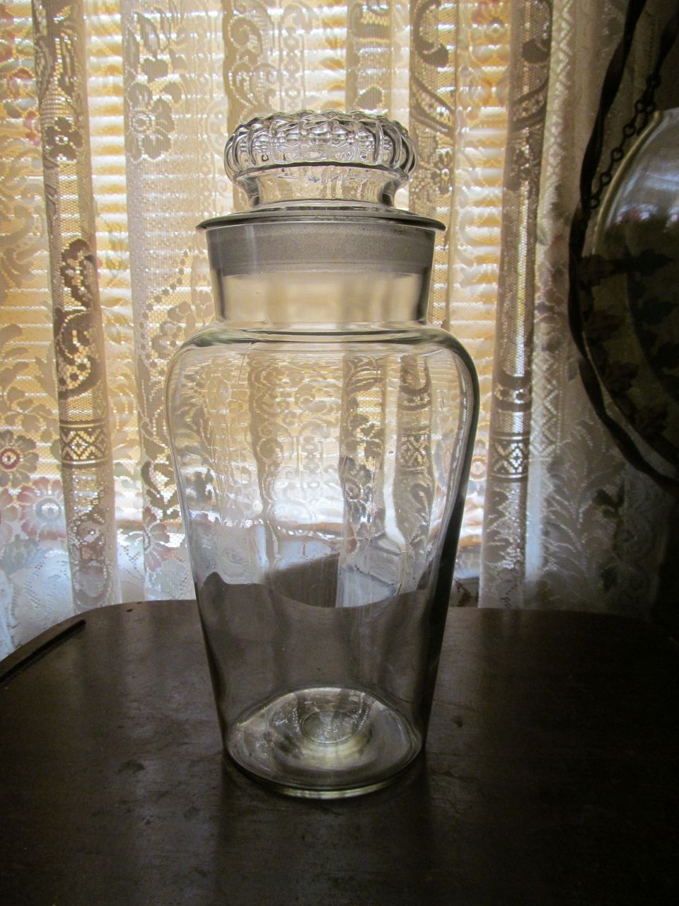 "12"" Old Candy Jar, Bubble Pattern Lid"