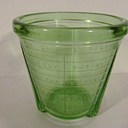 Green 2 Cup Vidrio Depression Jar