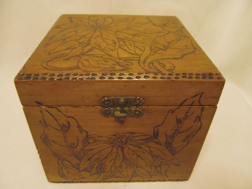 Flemish Pyrography Box, Poinsettias..Christmas,New Year Gift