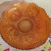 Fenton Carnival Horse Medallion with Berry & Leaf Circle Back Pattern Bowl, Pumpkin Marigold