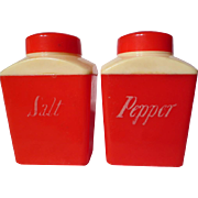 Vintage 1950's Red & Cream Plastic Shaker Set