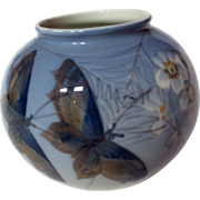 Royal Copenhagen Butterflies And Flowers 814/2390 Vase