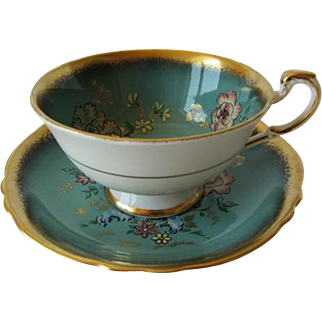 Stunning PARAGON Hand Painted Tea Cup and Saucer