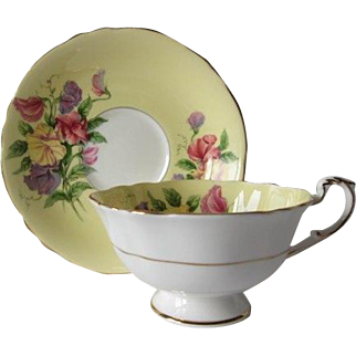 Early Paragon Sweet Pea Tea Cup and Saucer