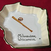 Vintage 1950's Milwaukee Braves Souvenir Annie Laura Pin Dish