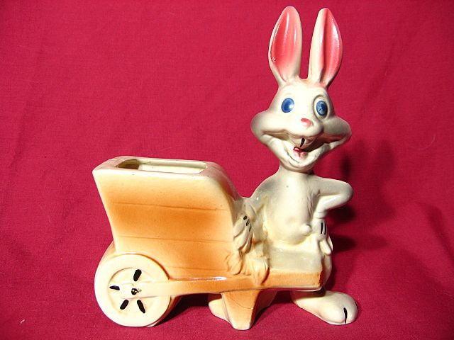 American Pottery Company Bugs Bunny Planter ~ Evan K Shaw