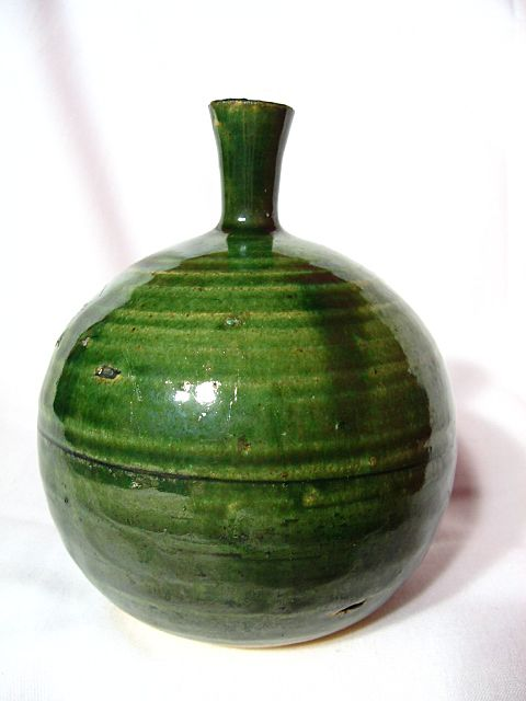 Hand Turned Studio Pottery Feelie Seed Vase
