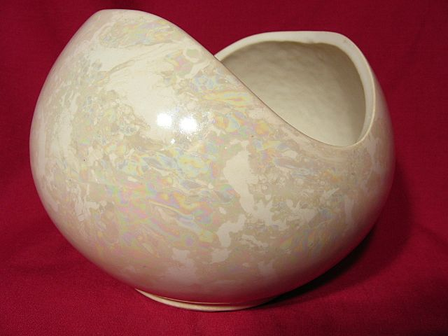 McCoy Cascade Mother Of Pearl Flower Bowl