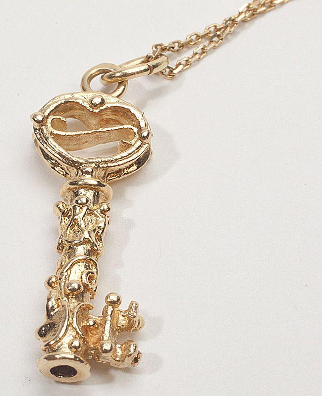 Estate 14 karat yellow gold key charm pendant necklace fine jewelry estate 14 karat yellow gold key charm pendant necklace fine jewelry sold ruby lane mozeypictures Choice Image