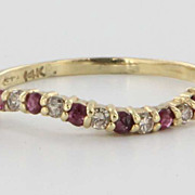 Vintage 14 Karat Yellow Gold Diamond Ruby Undulating Stack Band Fine Jewelry 8.75