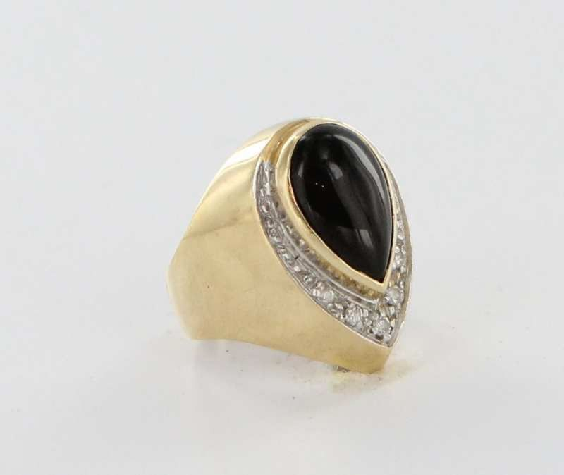 Vintage14 Karat Yellow Gold Diamond Onyx Cocktail Ring Fine Estate Jewelry Pre-Owned