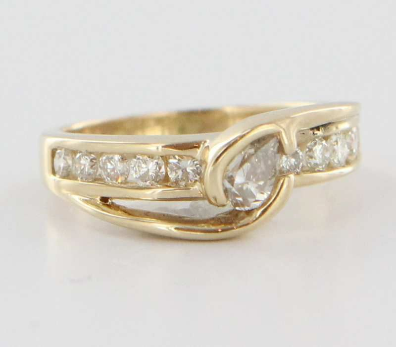 Estate 14 Karat Yellow Gold Diamond Ring Fine Jewelry Pre-Owned Heirloom Used