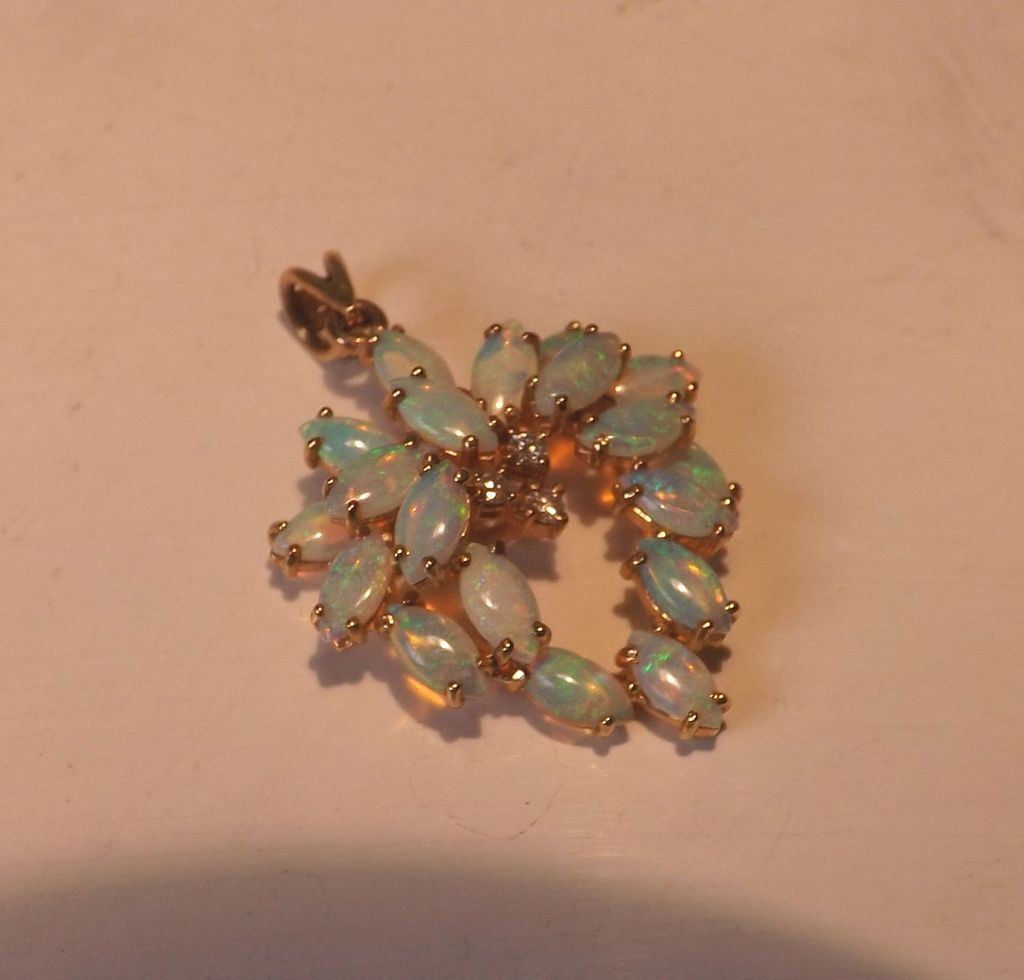 Vintage 14 Karat Yellow Gold Diamond Opal Wreath Style Pendant Fine Estate Jewelry