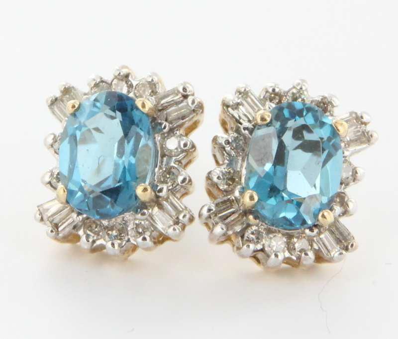 Estate 10 Karat Yellow Gold Blue Topaz Diamond Stud Earrings Fine Jewelry Used