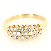 Vintage 14 Karat Yellow Gold Diamond Anniversary Ring Band Fine Estate Jewelry