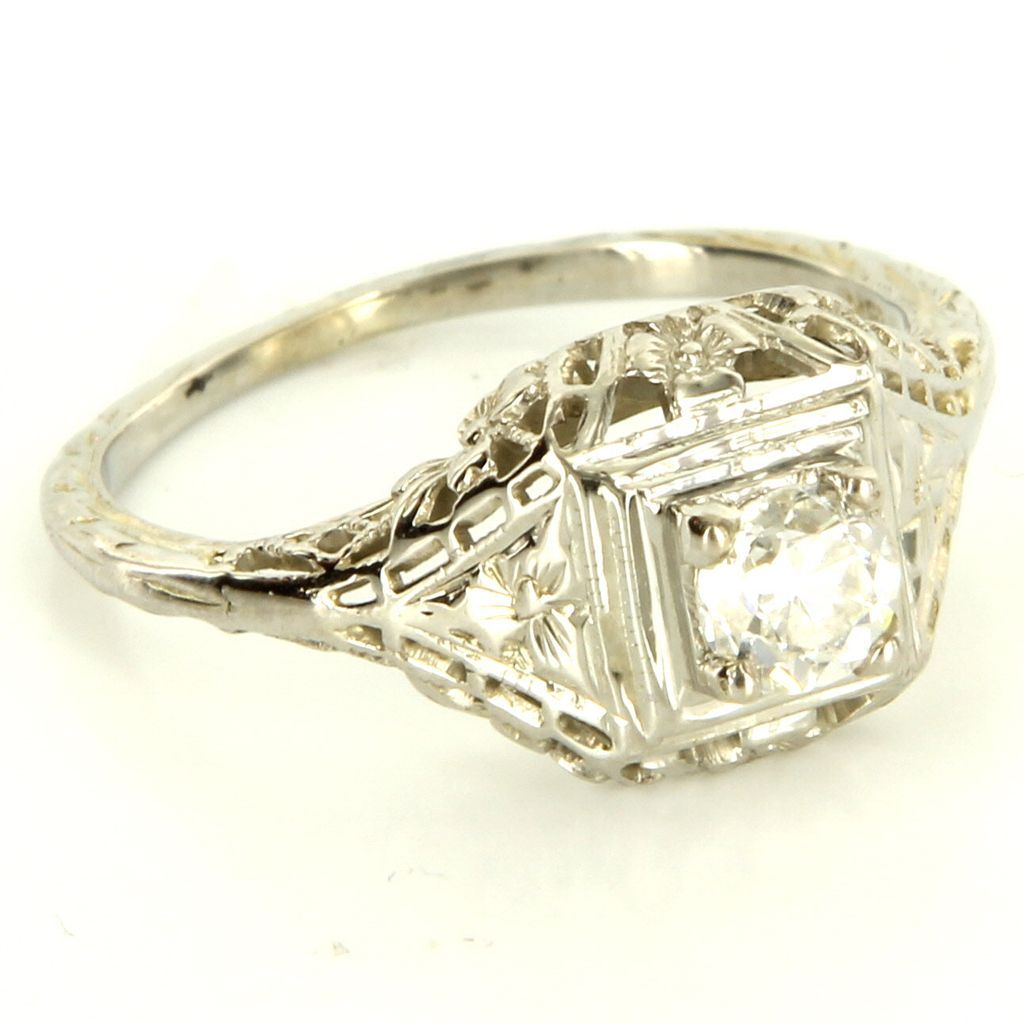 Vintage Art Deco 18 Karat White Gold Diamond Filigree Engagement Ring Estate