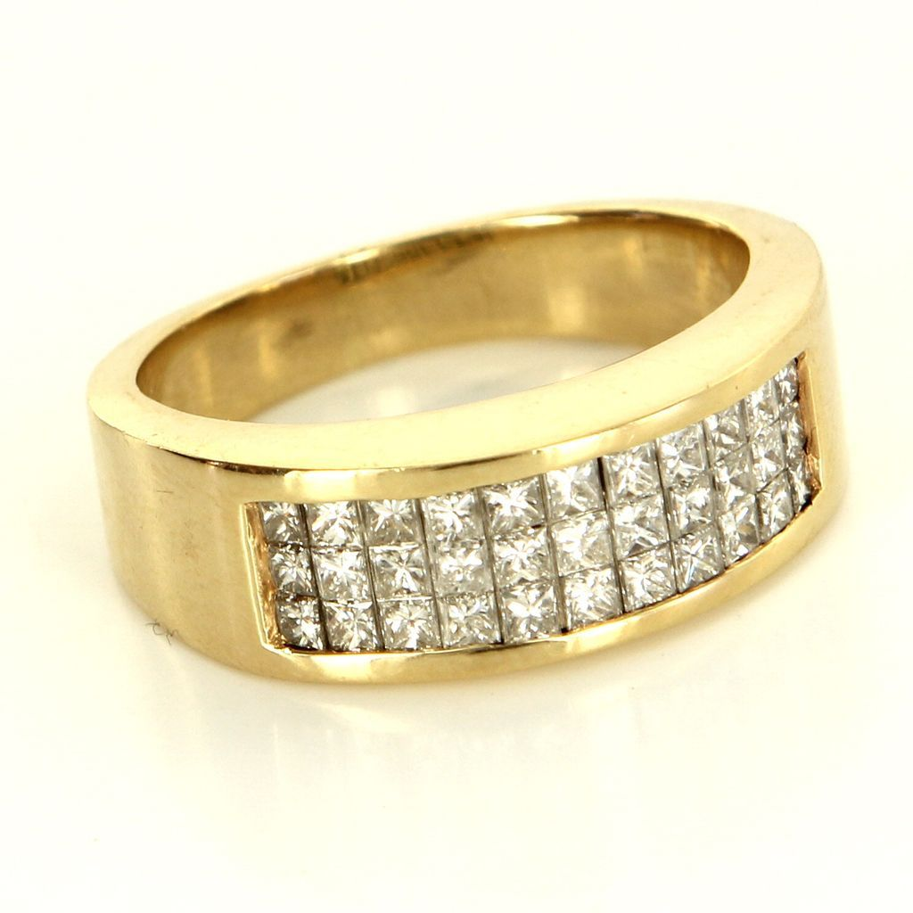Estate 14 Karat Yellow Gold Princess Cut Diamond Band Ring Sz 7.5 Fine Jewelry