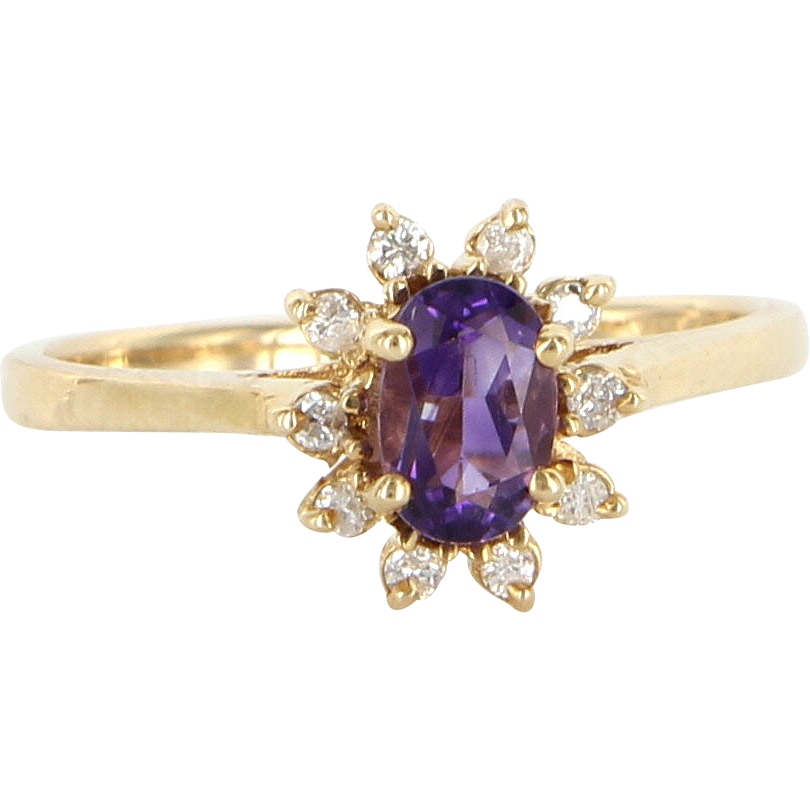Vintage 14 Karat Yellow Gold Diamond Amethyst Princess Cocktail Ring Estate