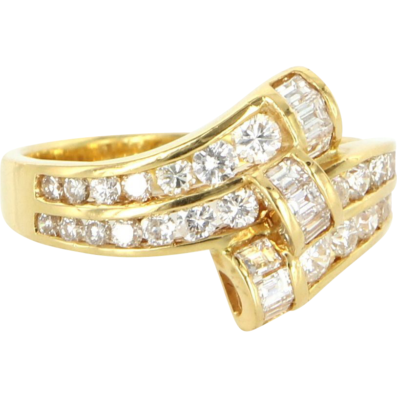 Vintage 18 Karat Yellow Gold Diamond Cocktail Right Hand Ring Fine Jewelry