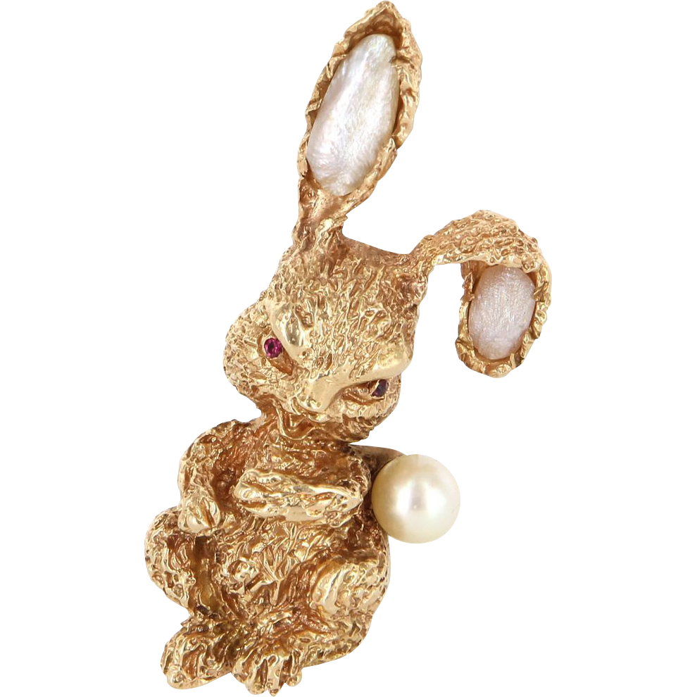 Vintage Designer Ruser 14 Karat Yellow Gold Ruby Cultured Pearl Rabbit Brooch