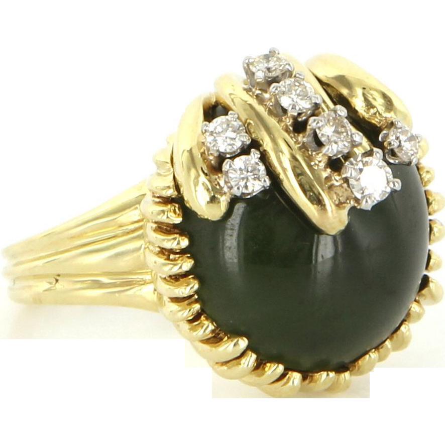 Vintage 18 Karat Yellow Gold Diamond Dark Green Jade Cocktail Ring Estate