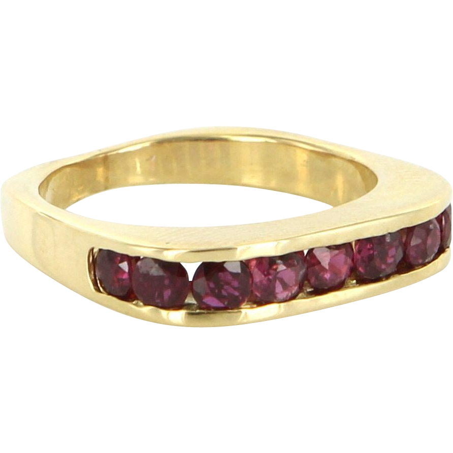Vintage 18 Karat Yellow Gold Ruby Square Stack Band Ring Fine Estate Jewelry