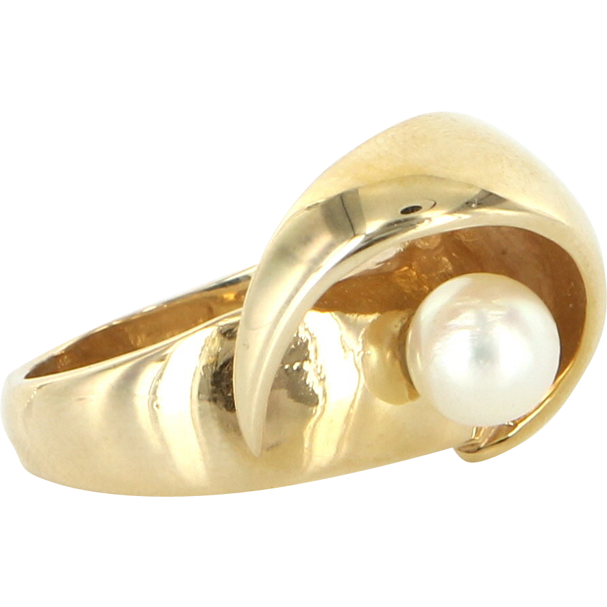 Vintage 14 Karat Yellow Gold Cultured Pearl Cocktail Ring Fine Estate Jewelry