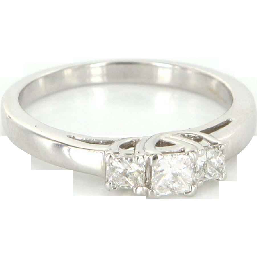 Vintage 14 Karat White Gold Diamond Three Stone Trilogy Ring Bridal Fine Jewelry
