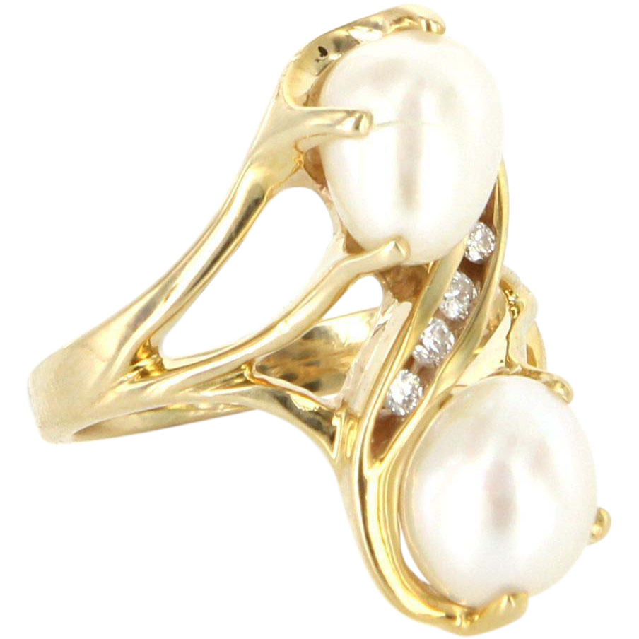 Vintage 14 Karat Yellow Gold Diamond Freshwater Pearl Cocktail Ring Estate
