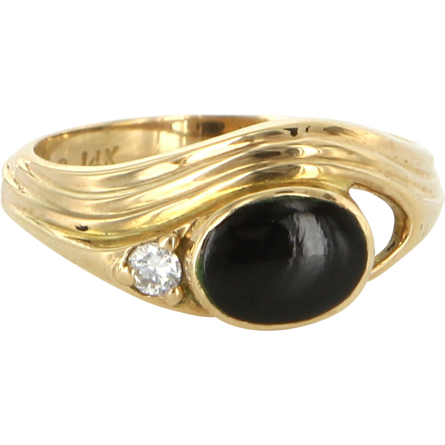 Vintage 14 Karat Yellow Gold Diamond Black Jade Small Cocktail Ring Estate