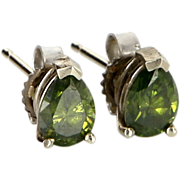 Vintage 14 Karat White Gold Green Diamond Stud Earrings Fine Estate Jewelry