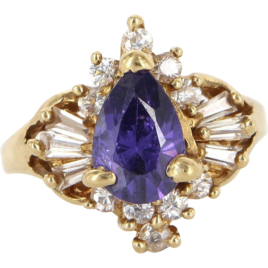 Vintage 14 Karat Yellow Gold Diamond Amethyst Cocktail Ring Estate Jewelry