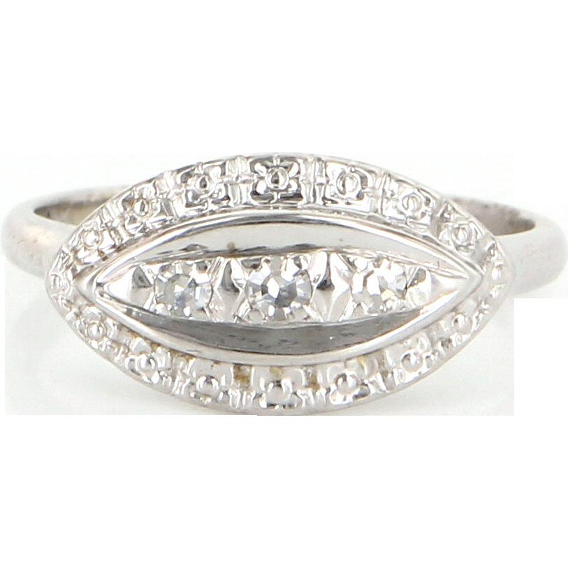 Vintage 14 Karat White Gold Diamond Small Cocktail Ring Fine Estate Jewelry