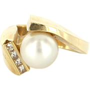 Vintage 14 Karat Yellow Gold Cultured Pearl Diamond Cocktail Ring Estate Jewelry