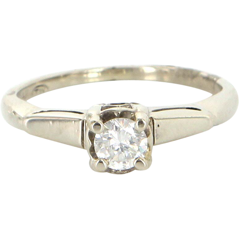 Vintage 14 Karat  White Gold Diamond Engagement Right Hand Ring Estate Jewelry Sz 5