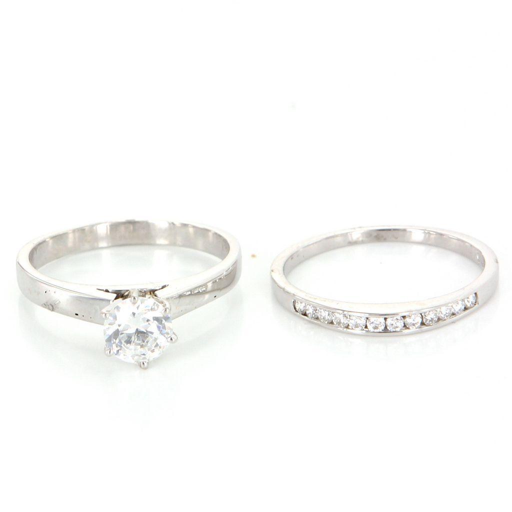 vintage 14 karat white gold zircon wedding ring