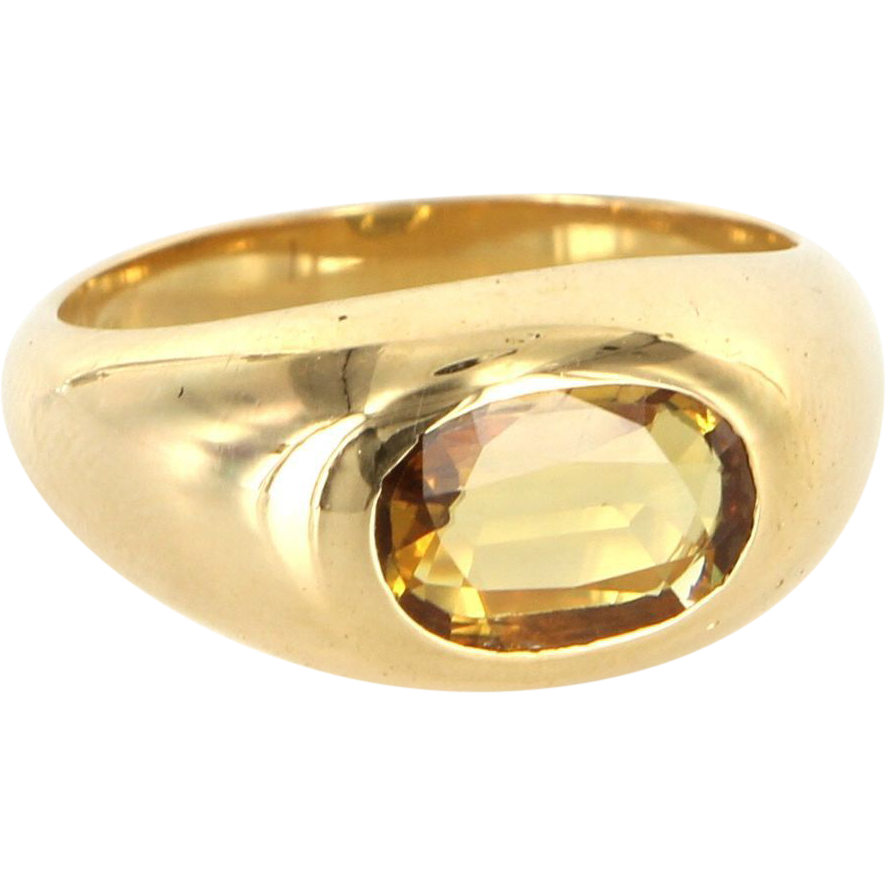 Vintage 18 Karat Yellow Gold Natural Yellow Sapphire Right Hand Ring Estate Jewelry