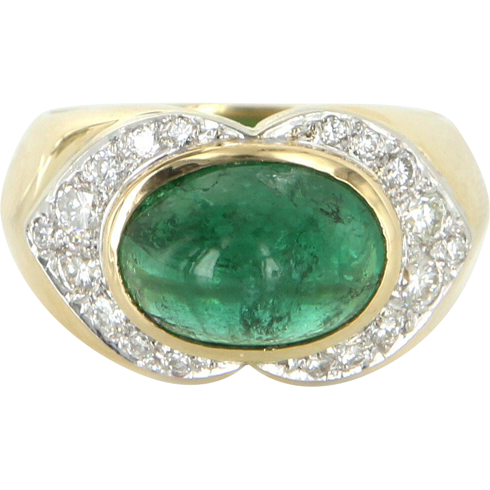 Natural Emerald Diamond East West Cocktail Ring Vintage 18 Karat Gold Estate Jewelry